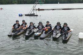 Schülermannschaft des KCNW in Booten
