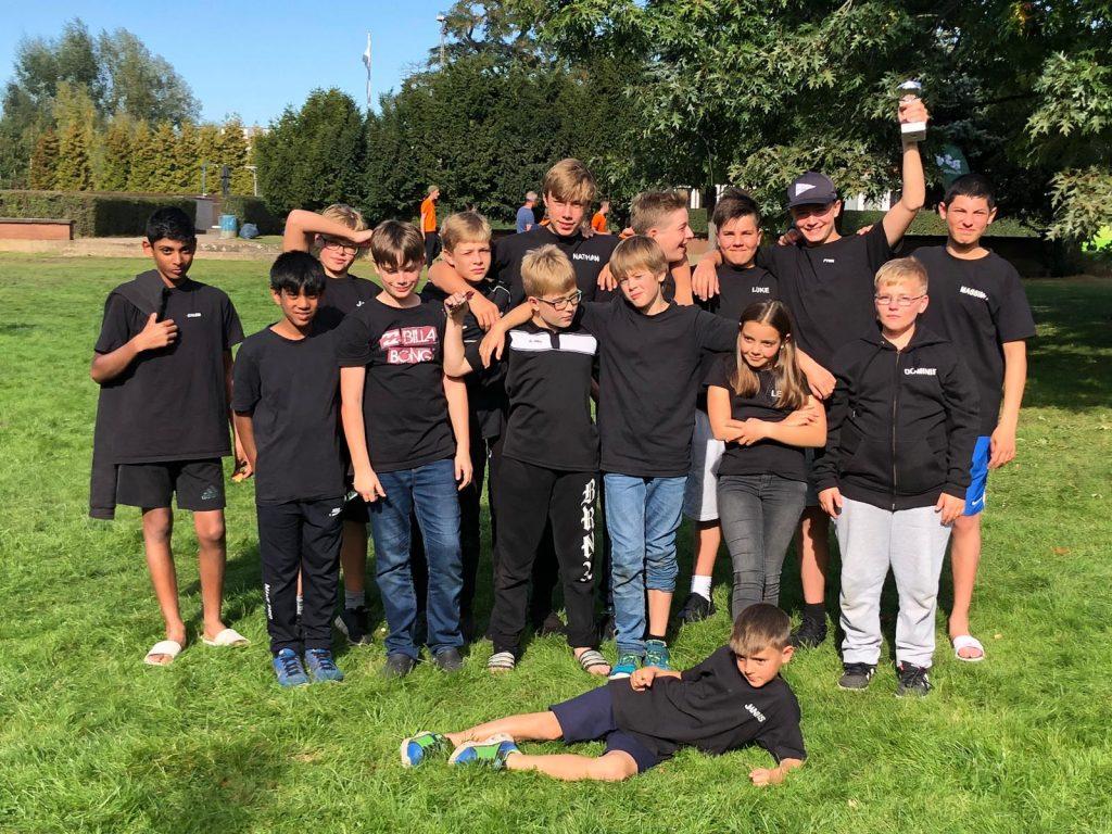 Gruppenfoto der Schülermannschaft
